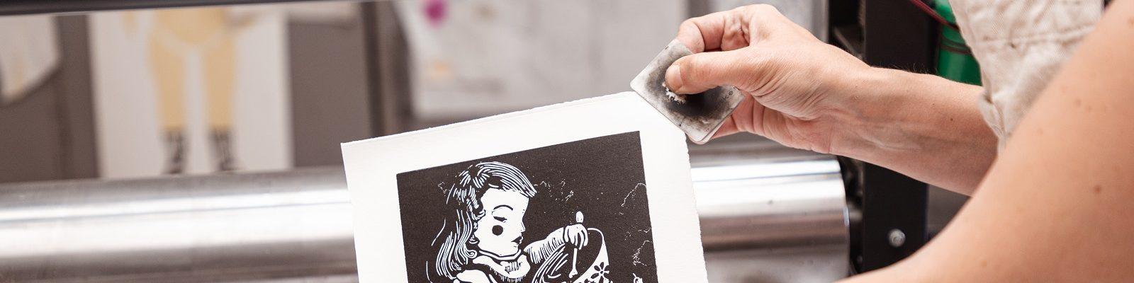 laura-loriers-artiste-français-plasticienne-images-imprimées